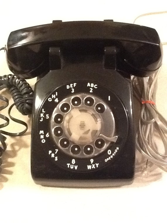 Illinois BELL Telephone///1980s black ROTARY desktop PHONE