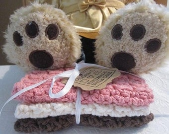 Crocheted Baby Washcloths in Neapolitan