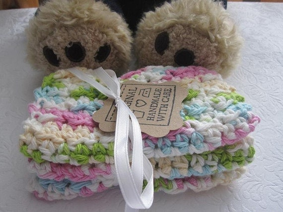 Crocheted Baby Washcloths in Spring Pastels