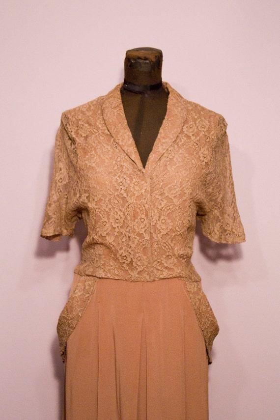 1940's Mocha Lace Dress With Big Side Pockets Size Large