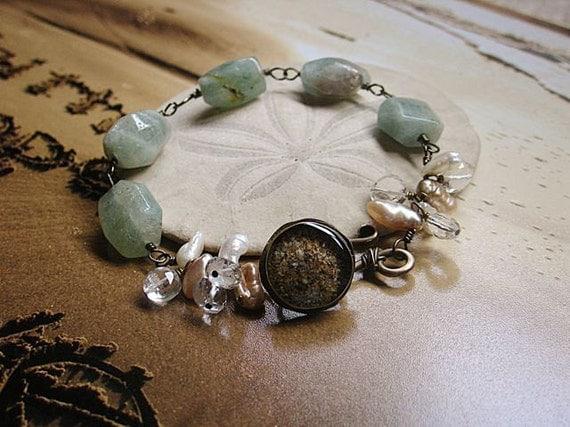 Hawaii sand, aquamarine, and pearl bracelet