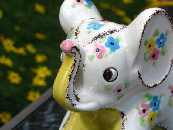 60s Vintage Ceramic Elephant Planter with Pink Blue and Yellow Flowers The National Potteries Company of Cleveland Ohio Made in Japan