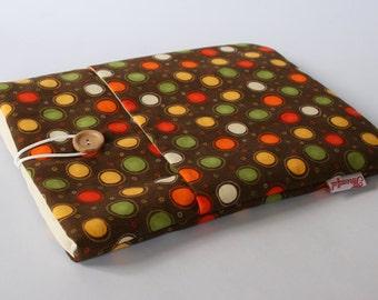 iPad Case - Brown Spotty Pattern