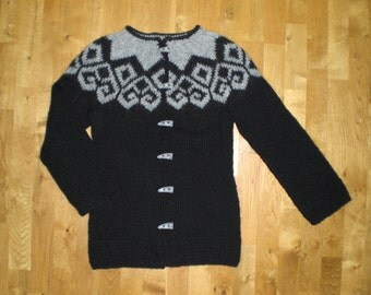 Icelandic womens sweater/cardigan,wool cardigan, black and grey or black and white, XS-S-M-L-XL-2XL-3XL-4XL-5XL-6XL, made to order.
