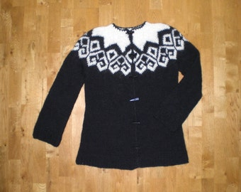 Icelandic wool sweater/cardican with buttons,Icelandic wool, XS-S-M-L-XL-XXL-3XL-4XL-5XL-6XL, made to order.