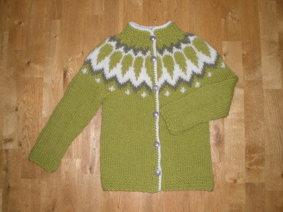 Icelandic sweater for kids/children with buttons hand knitted 3-4-5-6-7-8-9-10 years old, made to order, size 6 years ready to ship