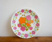 french melamine plates with retro floral motif, set of 5 for outdoor dining or picnics
