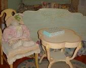 Vintage Cottage Chic Painted Table 4 Leaf Clover Pink Furniture