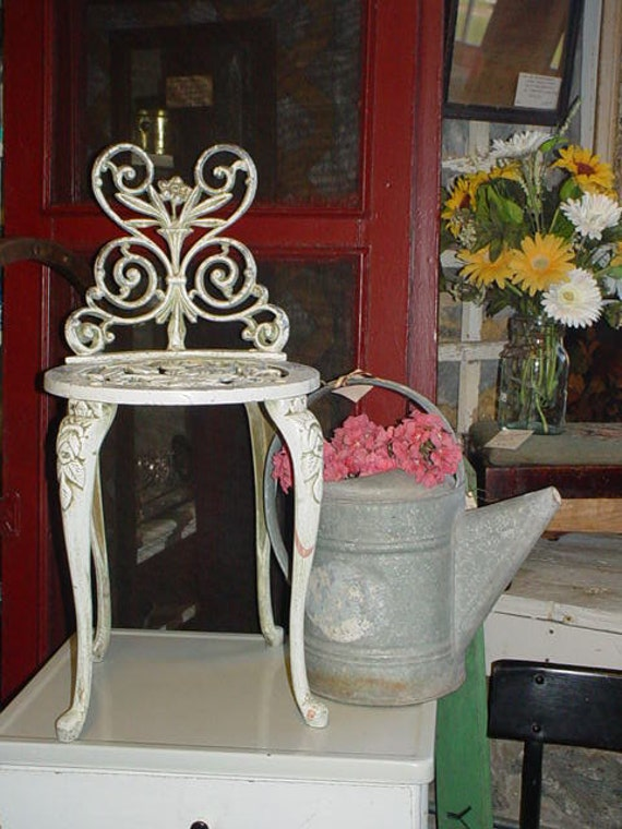 Vintage Iron Garden Chair Roses Chippy Cottage Chic Ornate Child Flower Stand