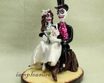 In my arms love never die cake topper Skeleton bride & groom ST0003