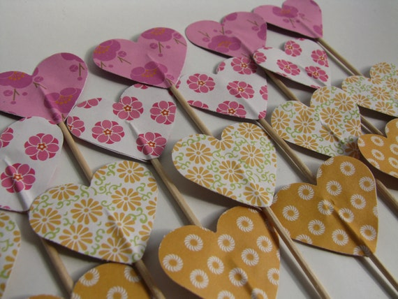 SALE - Cupcake topper - food pick - tooth pick heart shaped pink yellow mix - 20 pcs