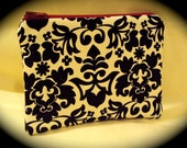 Compliments - a zippered pouch