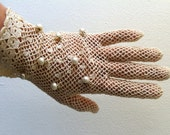 Fishnet Crochet Gloves 1940s Pearls Cream White Small Stretchy Wedding White Goth Antique