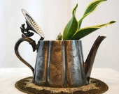 Vintage E.P.B.M Sheffield Silver Plated Teapot