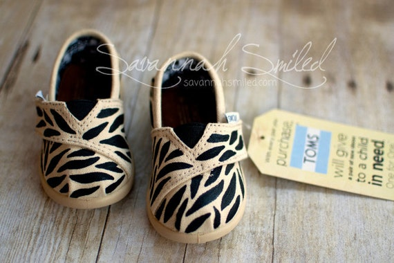SIZE T4 - Zebra Print Baby TOMS Shoes - Black