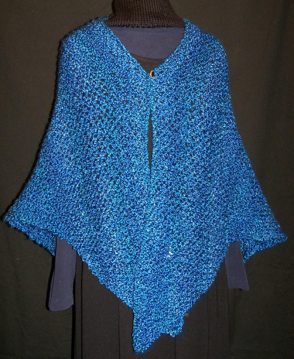 Knitted Triangle Shawl Pattern : KNITTING PATTERN Melissas Triangular Shawl PDF instant
