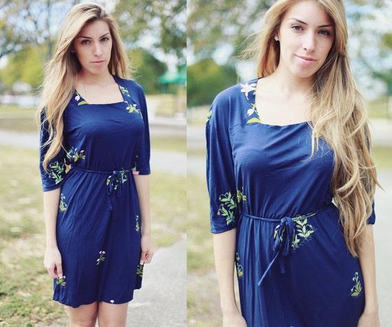 Vintage 1970's Blue Floral Spring Summer Dress