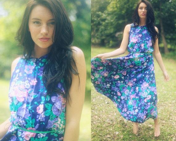 5-15 DOLLAR SALE  //// Vintage 1980's Blue Rose Floral Sleeveless Summer Dress