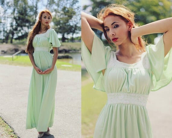 Vintage 1970s Mint Green Lace Long Maxi Dress //////////// RESERVED FOR ruthcastillo1 /////////////////