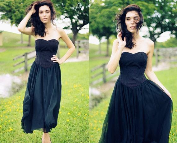 Vintage 1980s Black Strapless Heart Neckline Chiffon Dress