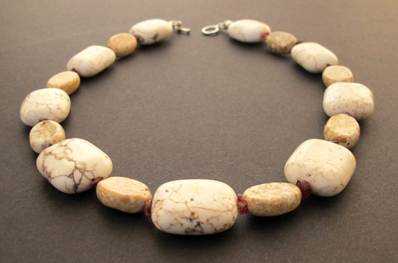 White Organic Necklace -  Big Stone necklace -  Beaded Necklace with Garnet Chips and White Stones - Statement Necklace -  OOAK