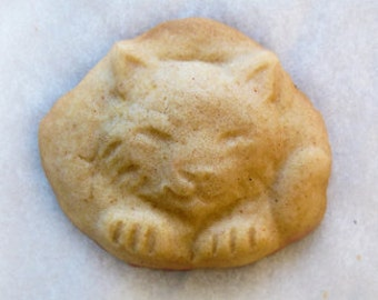 Itty Bitty Kitty - CatNap Handmade Stoneware Cookie Mold