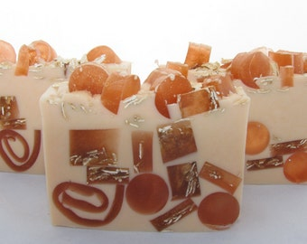 Honey Almond glycerin soap with added  WILDFLOWER HONEY.  Handmade soap of course. Yummy.
