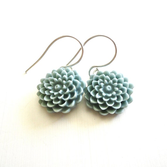 Dusty Blue Flower Drop Earrings - Simply Feminine Mum Earrings