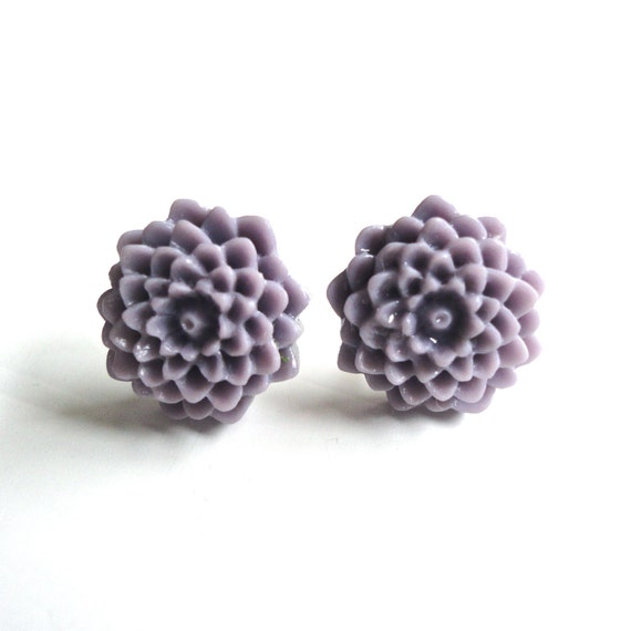 Lavender Flower Post Earrings - Purple Chrysanthemum Studs