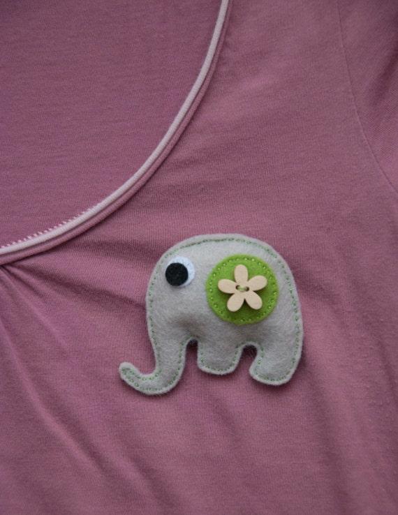 Little elephant felt brooch - with wooden flower button