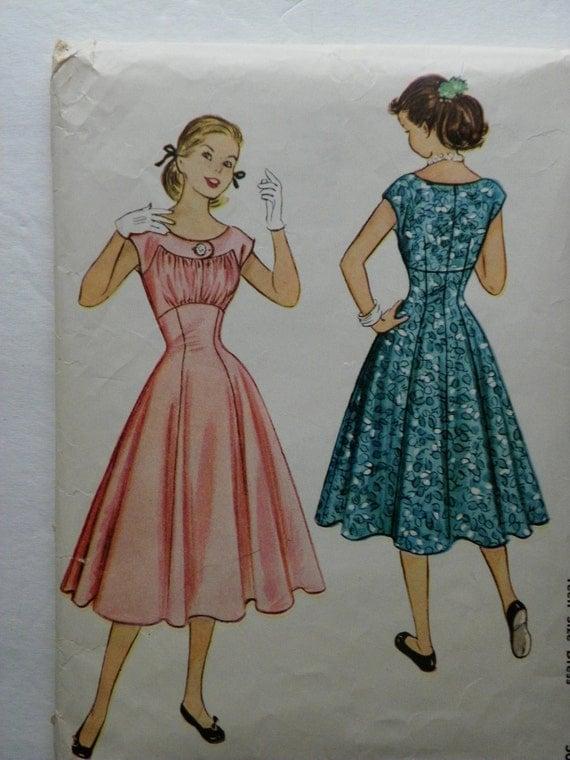 Vintage McCalls 9615 Teen Size 12 Dress