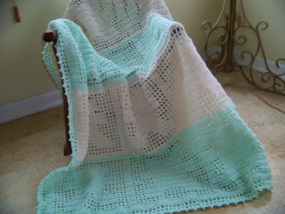 Crochet Baby Blanket with Paper Doll Teddy Bears