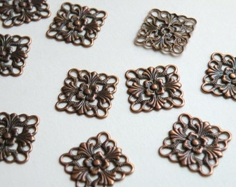 12 Flat scalloped square floral motif connector link or focal piece antique copper plated brass 16x16mm 5129FY