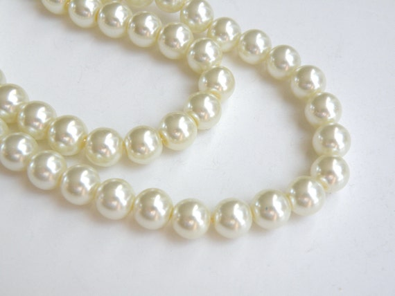 Ivory glass pearl beads round 8mm full strand 7763GB