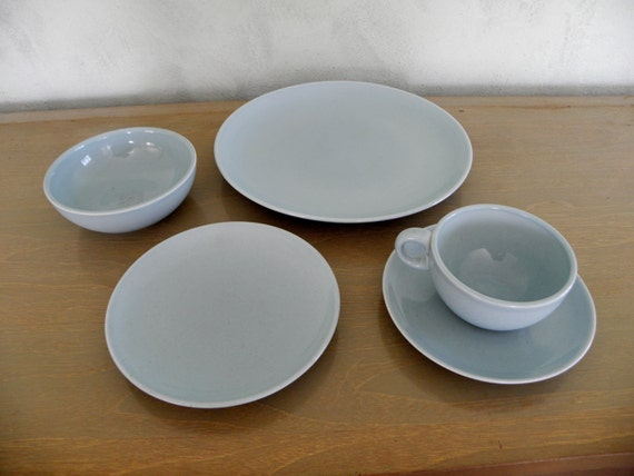 Russel Wright Iroquois Complete Placesetting--Ice Blue