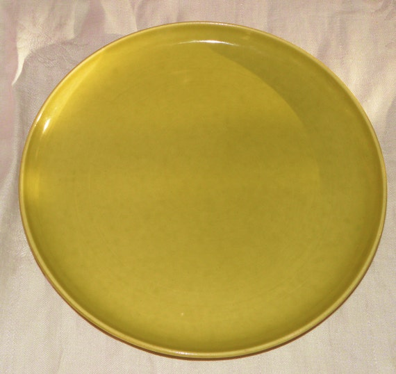 Russel Wright American Modern Plate in Chartreuse