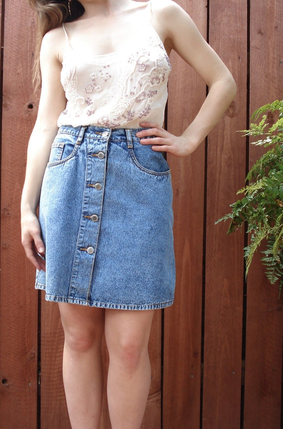1990s Bill Blass / Light Acid Wash Denim SKIRT / Button Front A-Line / Women's Size 8 Medium