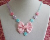 Sweet Bow Necklace - Light Pink