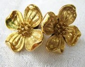 Trifari Dogwood Flower Earrings - Gold Tone Stud