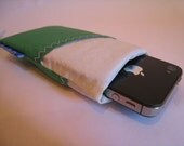 Recycled Sailcloth iPhone/iTouch sleeve - green as grass with two pockets