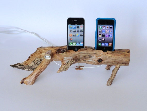 iPhone / iPod wooden DUAL docking station (sync, charge) with extra USB port  - (plus  free holder)