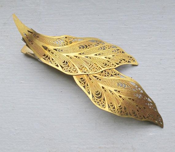 Leaf Hair Clip - Sticky Grip - Gold Tone