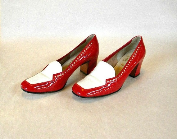 Womens Shoes Size 6 7 / Chunky Red Patent Leather Spectator Pumps