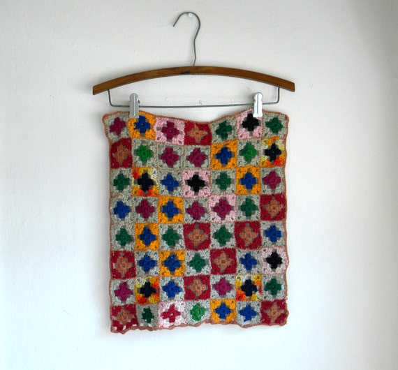 Vintage Granny Square Crochet Wall Hanging / Wool