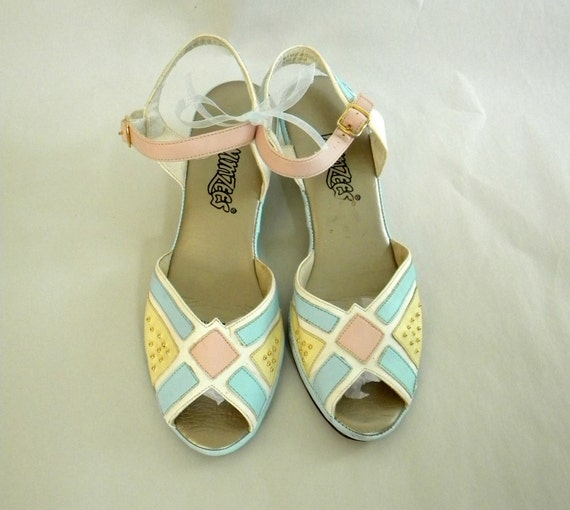 Hipster Wedge Sandals Size 7 / Pastel Blue Pink Yellow White 70s 80s