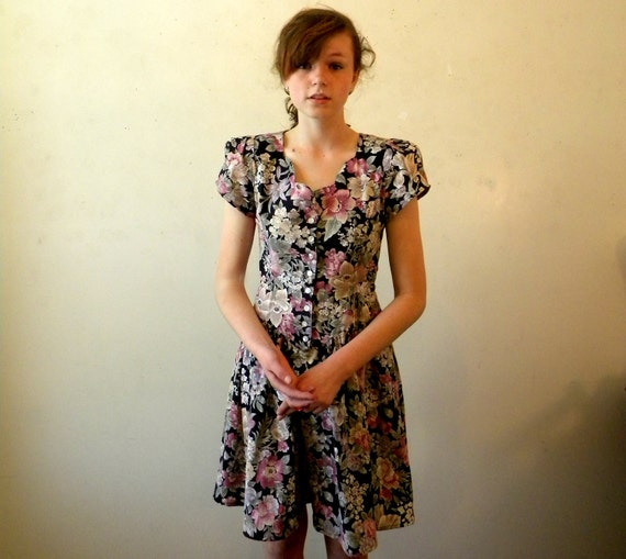 Floral 80s Dress / Summer Dresses / Indie Dresses / Small