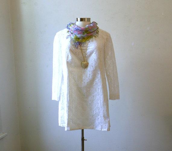Plus Size Vintage Dress / 70s White Lace Mini Dress / 2X 3X