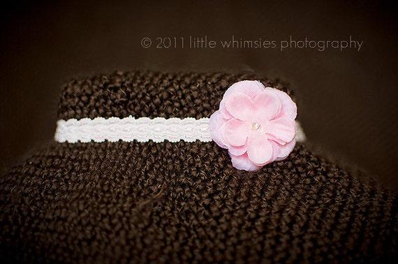 Small pink flower baby headband : Newborn, Infant, Toddler,