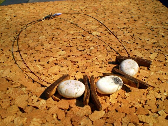 coco wood stone beads  short necklace