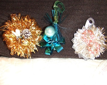 Foil Package Topper, Tie Lot of 3 Handmade Vintage Holiday Christmas Ornaments